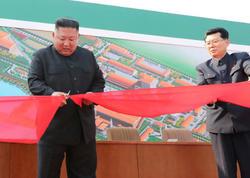 """Öldüyü iddia edilən Kim 20 gün sonra ictimaiyyət qarşısında - <span class=""""color_red""""> FOTO</span>"""