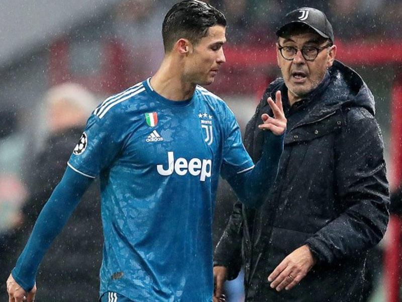 Ronaldo onunla birlikdə oynamaq istəyir