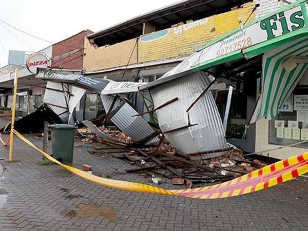 """Avstraliyada şiddətli fırtına: <span class=""""color_red"""">60 min ev elektriksiz qaldı - FOTO</span>"""