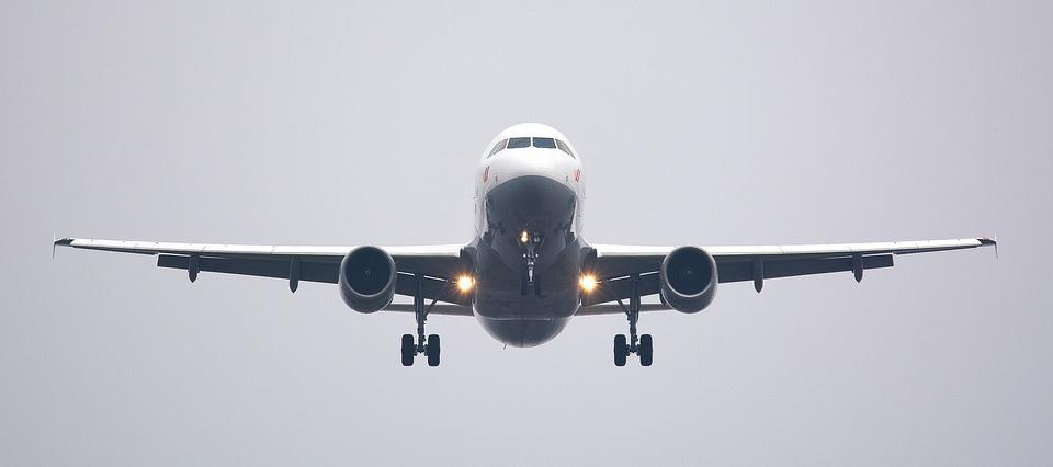 Qazaxıstanın bütün hava limanları daxili uçuşlar üçün açılıb