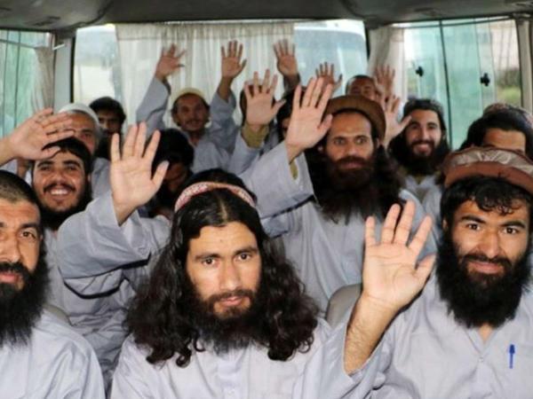 Əfqanıstan hökuməti daha 900 Taliban məhbusunu azad edib