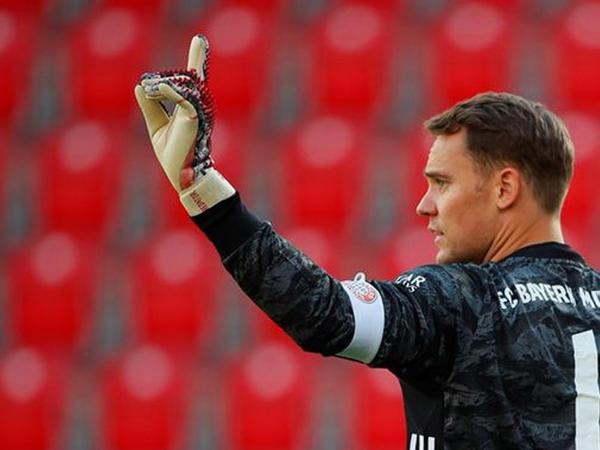 """Bavariya""nın kapitanı Bundesliqada 400-cü oyununa çıxıb"