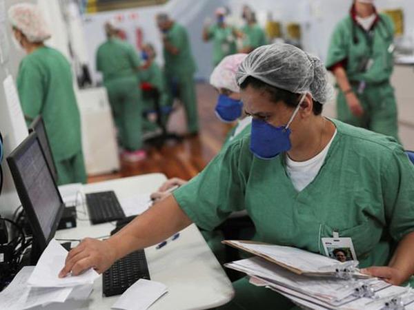 Braziliyada sutka ərzində 807 nəfər koronavirusun qurbanı olub