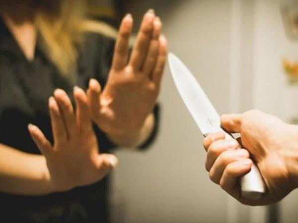 Bakıda kişi gözəllik salonunda işləyən həyat yoldaşını öldürdü