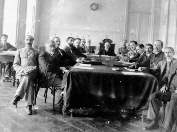 Alim: 1918-ci ildə Azərbaycan türkləri demokratik cümhuriyyət qurmağa qadir və layiq olduqlarını sübut etdi
