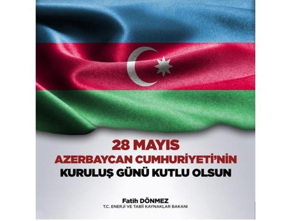 Türkiyəli nazir Azərbaycanı təbrik edib
