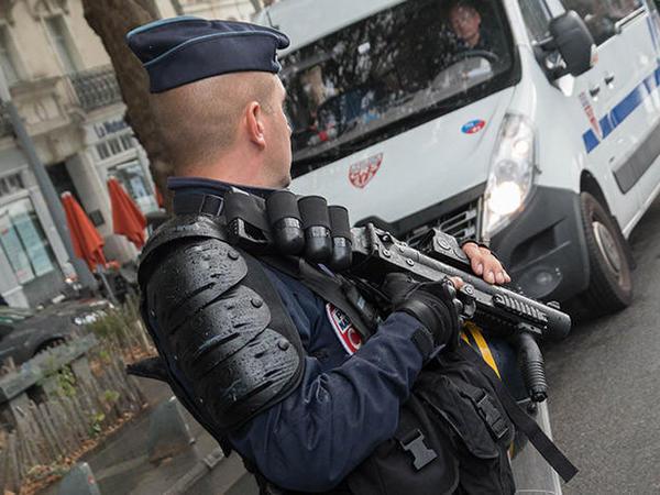 İtaliyada mafiyaya qarşı genişmiqyaslı əməliyyat keçirilib