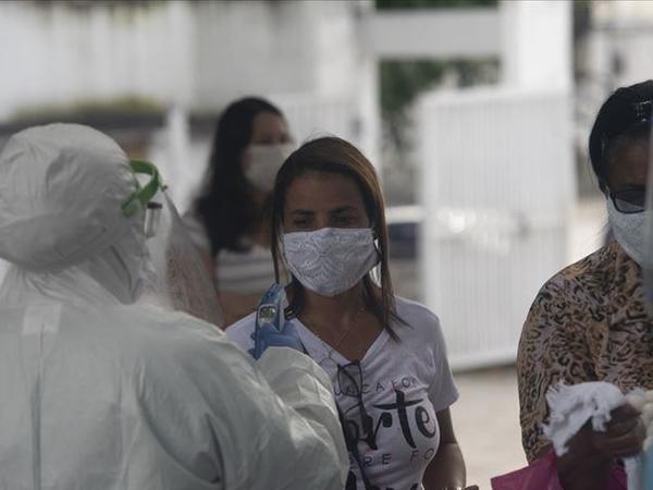 Braziliyada sutka ərzində 1 156 nəfər koronavirusun qurbanı olub
