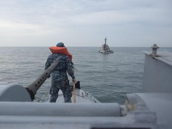 Ukraynada yeni artilleriya gəmisini sınaqdan keçiriblər