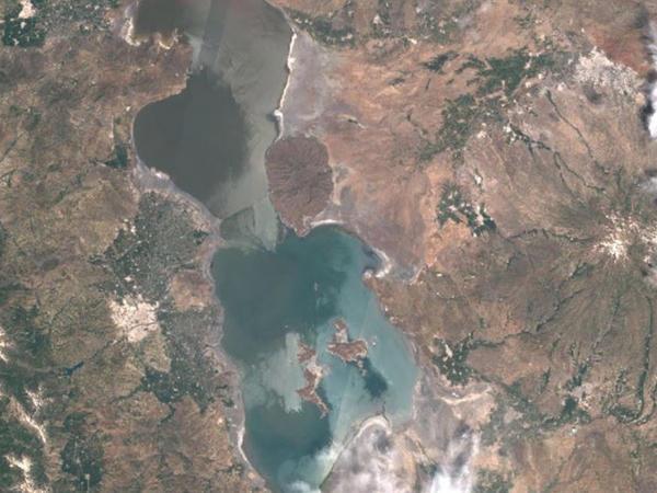 Urmiyə gölündə suyun səviyyəsi azalıb