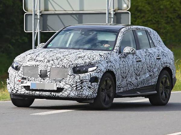Mercedes-Benz GLC modelinin növbəti nəslinin sınaqlarına başlanıb - FOTO