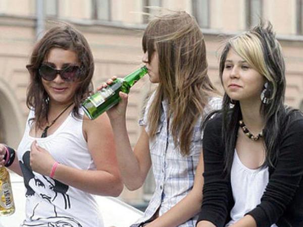 Siqaret və spirtli içki aludəçiləri daha diqqətli olmalıdırlar
