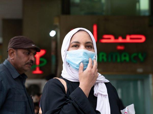 İranda daha 64 nәfәr koronavirusdan öldü