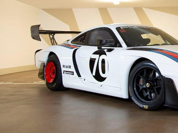 Porsche 935 kolleksiya superkarı hərraca çıxarılıb - FOTO