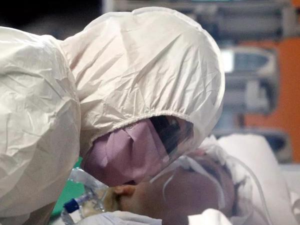 """Koronavirusa inanmayanların gətirdiyi əsaslar, şübhələr və cavabları - <span class=""""color_red"""">FOTO</span>"""