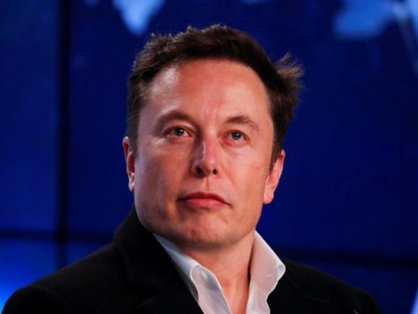 Elon Musk niyə asosiallaşdı? - Niyə sosial şəbəkələrdən imtina etdi?