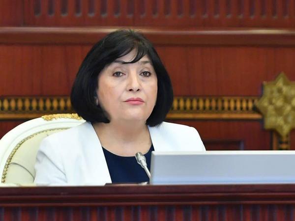 """Parlament sədrindən vətəndaşlara çağırış: """"Bu bəlanın daha geniş vüsət almasına imkan yaratmayın"""""""