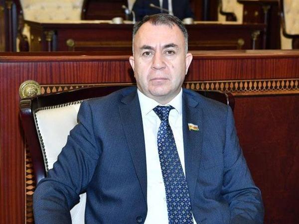Sadiq Qurbanov: Azərbaycan COVİD-19 ilə bağlı mövcud beynəlxalq vəziyyətdən yararlana bilər