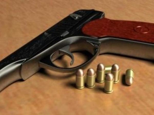 Paytaxt sakinindən silah-sursat götürülüb