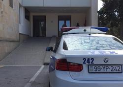 Bakıda yaralı qadını polis əməkdaşları xəstəxanaya çatdırdılar - FOTO - VİDEO