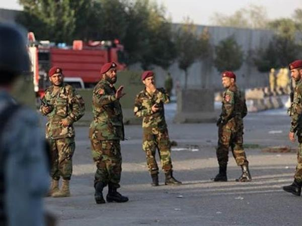 """Əfqanıstanda polis maşını minaya düşdü: <span class=""""color_red"""">11 nəfər ölüb</span>"""