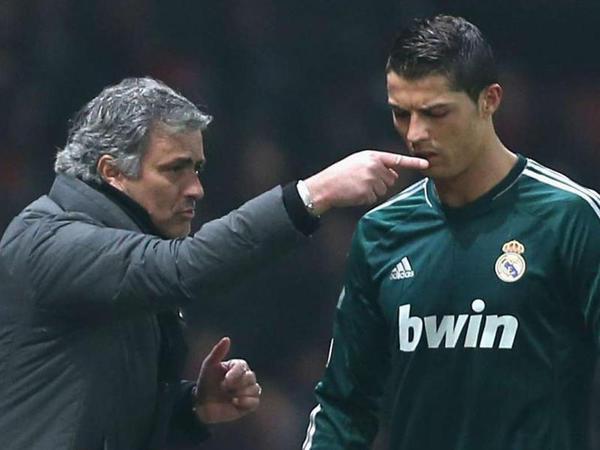 """""""Ronaldu ilə Mourinyo dalaşacaqdı"""" - <span class=""""color_red"""">Modriç</span>"""