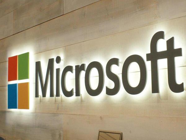 """Yeni """"Microsoft Surface Laptop 4""""da """"Intel"""" və """"AMD"""" prosessorları olacaq"""