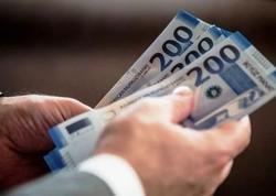 Azərbaycanda dövlət qulluqçularının nə qədər maaş aldığı açıqlanıb