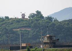 KXDR Cənubi Koreya ilə sərhəddə səsgücləndiricilər yerləşdirir