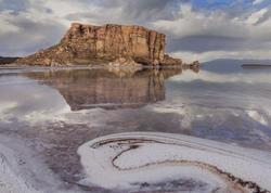 Həsən Ruhani Urmiyə gölünün xilas edildiyini iddia edir