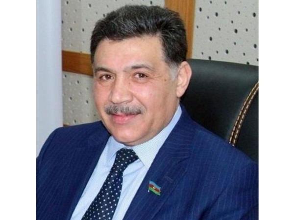 Aydın Hüseynov: Milli Məclis uğurlu fəaliyyəti ilə yeniliklərə imza atdı