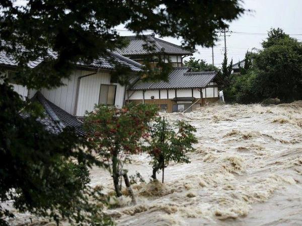 Yaponiyada daşqınlar nəticəsində 15 nəfər həlak olub