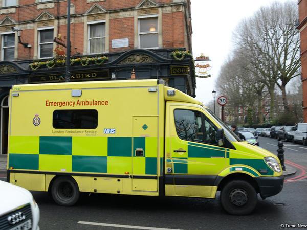 Londonda gecə şənliyinin dağıdılması zamanı 10-dan çox polis əməkdaşı yaralanıb