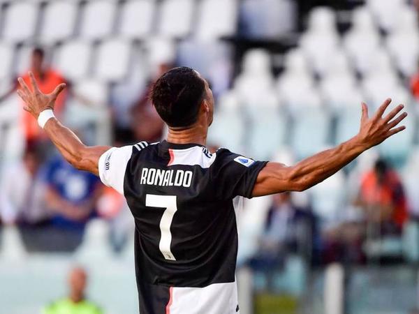 """""""Yuventus""""da 60 il sonra bu uğuru Ronaldo təkrarladı"""