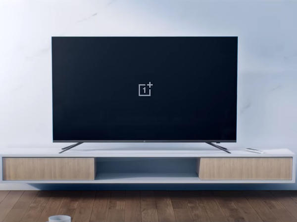 """Yeni """"OnePlus"""" televizorları nümayiş olunub"""