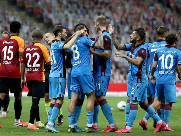 """""""Trabzonspor"""" """"Qalatasaray""""a qalib gəldi"""