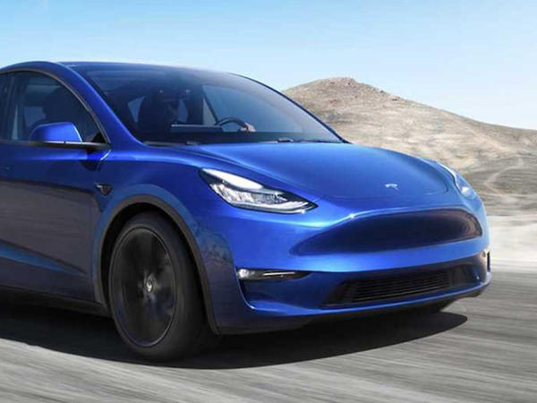 Tesla Model Y yeddi yerlik olacaq - FOTO