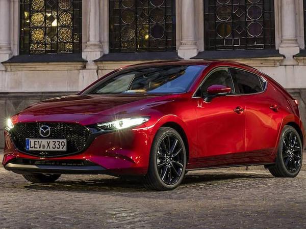 """Mazda3 modelinin """"qaynar"""" versiyası gələn ay təqdim olunacaq"""