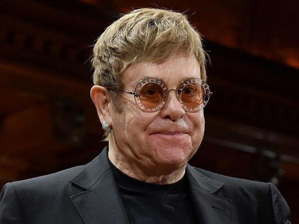 Elton Conun şərəfinə sikkə hazırlanıb