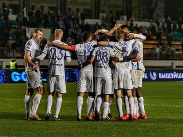 Belarus klubunun 10 futbolçusu COVID-19-a yoluxdu