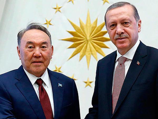 Ərdoğan Nazarbayevlə danışıqlar aparıb