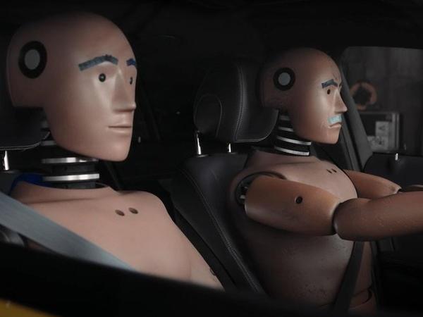 Mercedes-Benz krəş-test manekenlərinin həyatından bəhs edən serial çəkib - VİDEO