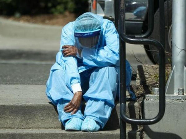 Daha bir dəhşətli infeksiya ortaya çıxdı: Yalnız burundan girir, 1 həftəyə öldürür - FOTO
