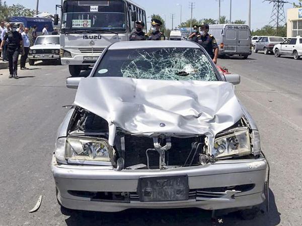 """Sabirabadda baş həkimin oğlu avtomobillə iki qadını vuraraq öldürüb - <span class=""""color_red"""">FOTO</span>"""