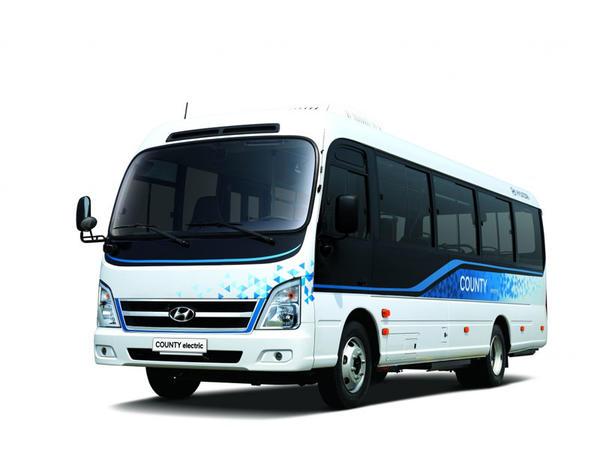 """Yüksək təhlükəsizlikli """"Hyundai"""" elektrik mikroavtobusu nümayiş olunub"""