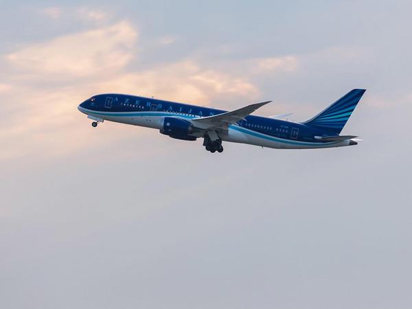 AZAL Bakı-London-Bakı üzrə xüsusi reyslərə aviabilet satışına başlayır