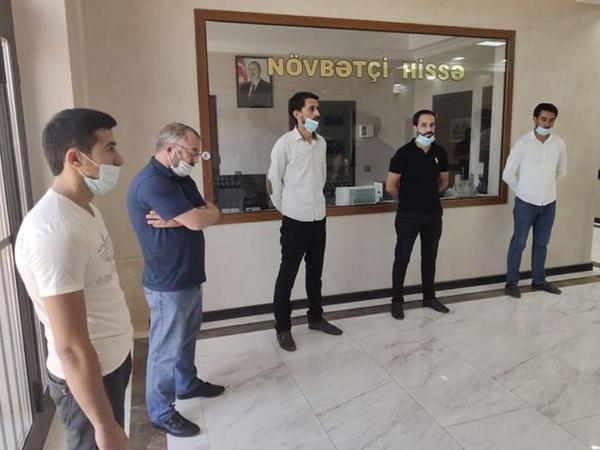 Abşeronda yas mərasimi keçirmək istəyən şəxslər saxlanıldılar - FOTO
