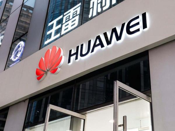 Huawei öz əsas rəqibini geridə qoyaraq dünyanın ən böyük smartfon istehsalçısı oldu