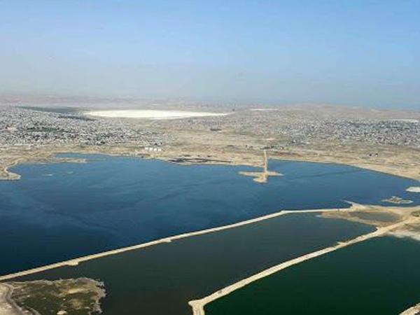 Böyük Şor gölünün üzərində yaranmış qatı çirkab örtüyün təmizlənməsinə başlanılıb