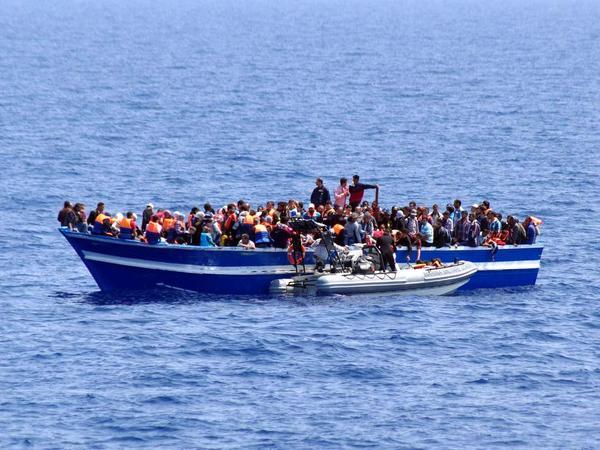 Türkiyə sahillərində 30-a yaxın miqrant xilas edildi